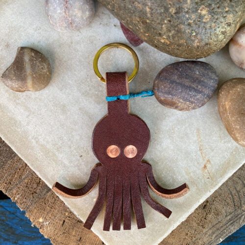 Leather keyring in the shape of an octopus