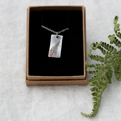 The Little red hen jewellery fern pattern silver pendant