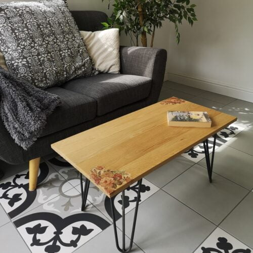 Ivy Upcycling Handmade solid oak table with steel hairpin legs and vintage flower decoration in two corners Dimensions: 82cm x 41cm x 37.5cm high