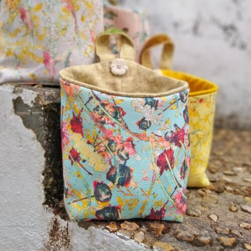eynonymous designs, flower pouch