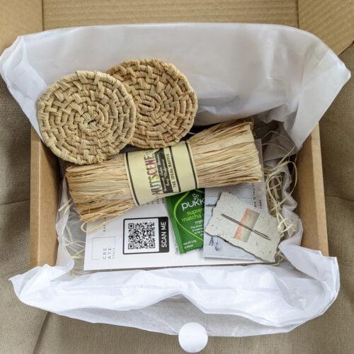 Raffia Coaster Kit Contents