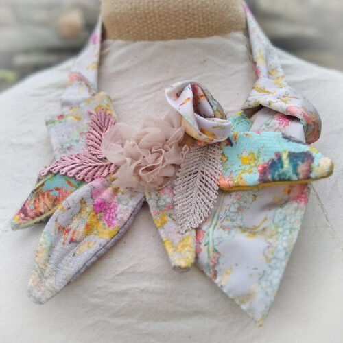 eynonymousdesigns, flower necklace