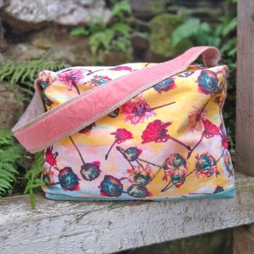 eynonymous designs, floral zipped bag