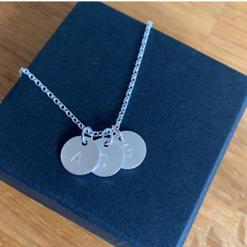 The Keepsake, Silver necklace for tresstle market